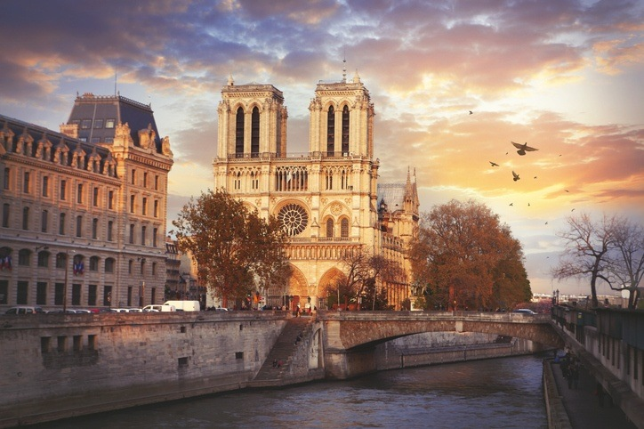 send money to france notre dame cathedral paris
