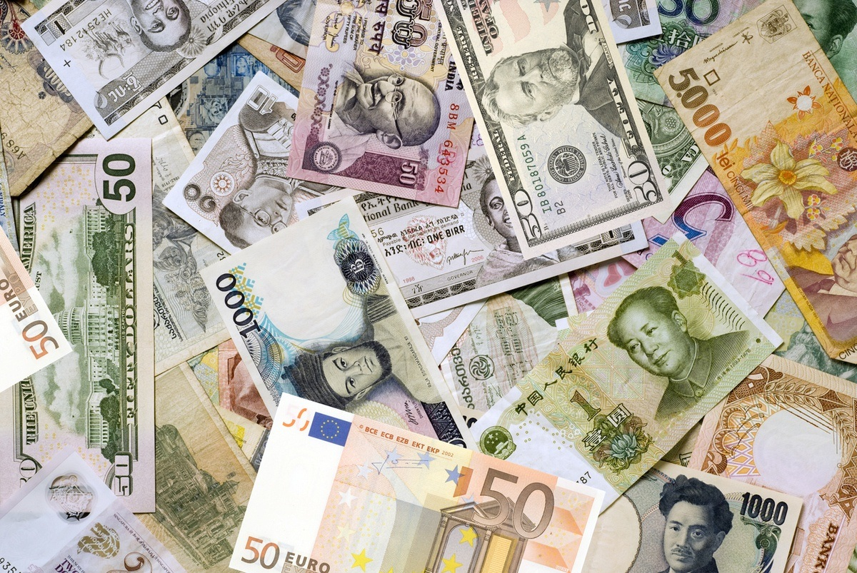 foreign currency exchange euro usd rmb currencies money bills